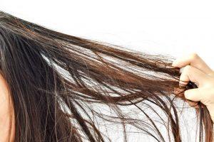 絡まる髪の毛