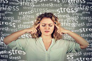 ストレスを感じている人